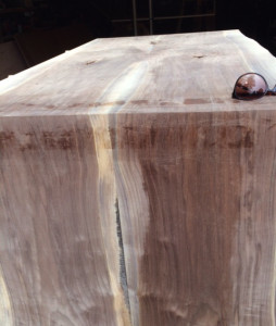 Waterfall-edge-bevel-walnut